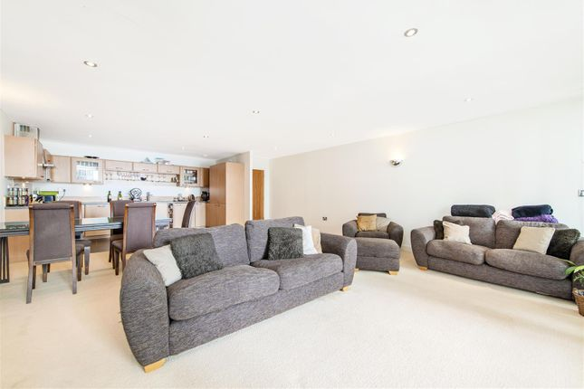 Thumbnail Flat to rent in Marmara Apartments, 13 Western Gateway, London