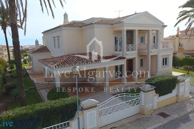 Thumbnail Villa for sale in Albufeira, Albufeira, Portugal