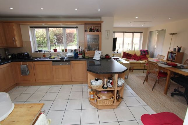 Family Kitchen of Maes Y Gwenyn, Rhoose, Barry CF62