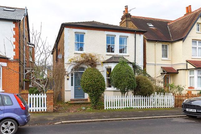 4 bed detached house to rent in Weston Park, Thames Ditton KT7