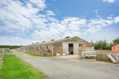 Photo of Hogshaw Farm, Hogshaw, Buckingham MK18