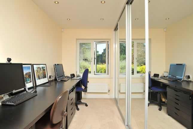 Home Work Office of Broadclyst, Exeter EX5