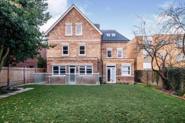 Thumbnail Flat for sale in Baroque Court, Outram Road, Croydon, Surrey