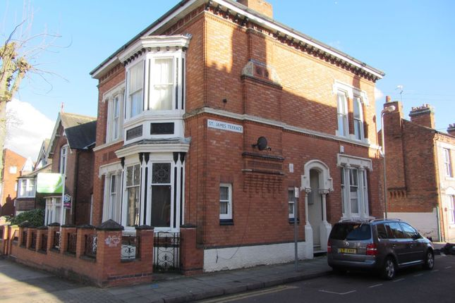 Flat to rent in St. James Terrace, Leicester