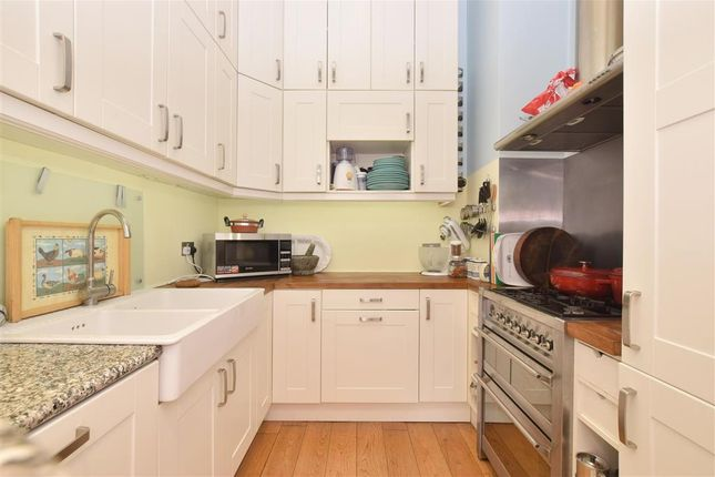 Thumbnail Flat for sale in Sillwood Place, Brighton, East Sussex