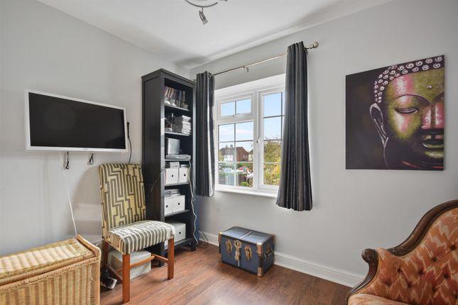 Bedroom 3 of Orchard Close, Radlett, Herts WD7