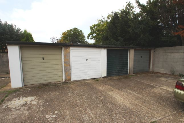 Detached house to rent in Molesey Park Road, East Molesey