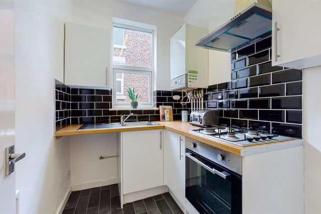 Thumbnail Flat to rent in 6 Cumberland Road, -, Wallasey