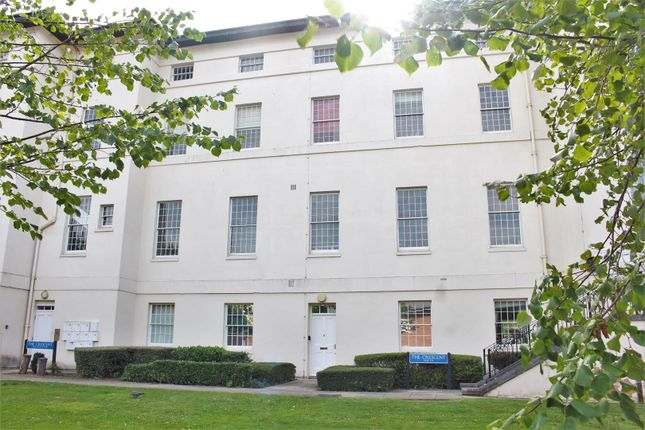 Thumbnail Flat to rent in The Crescent, Gloucester