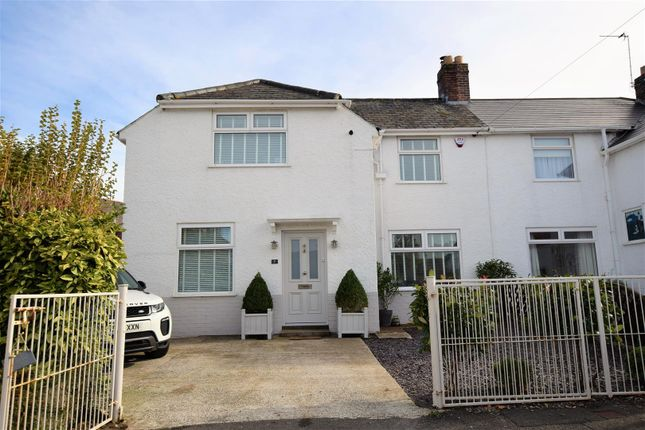 Thumbnail Semi-detached house for sale in Well Walk, Barry