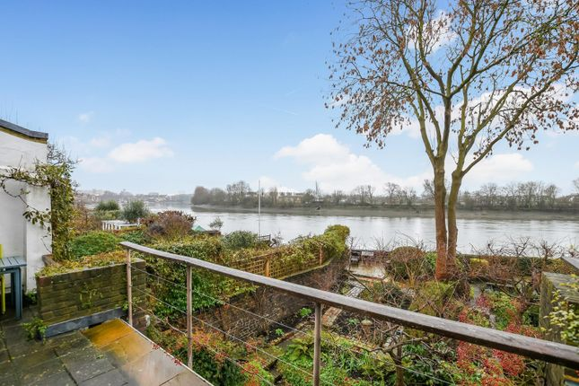 Thumbnail Property for sale in Hammersmith Terrace, Hammersmith