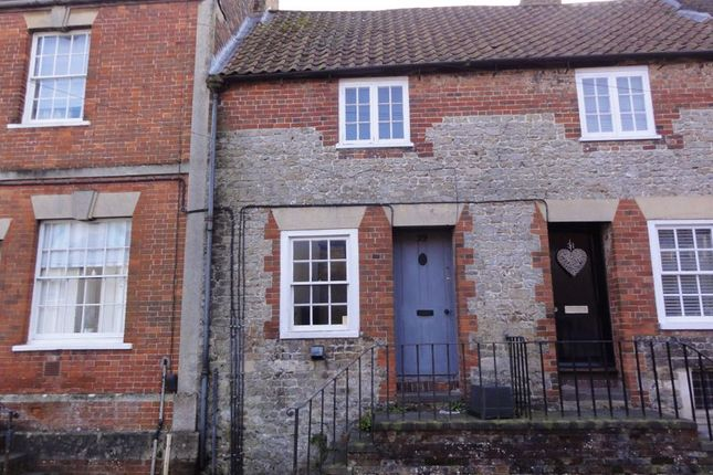 2 bed terraced house to rent in West Street, Warminster BA12