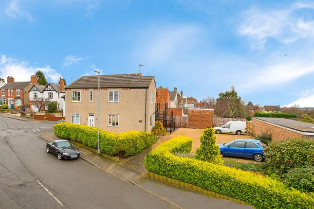 Thumbnail Flat for sale in Crispin Street, Rothwell, Kettering