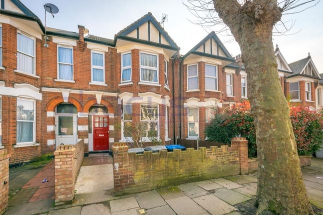 Thumbnail Flat for sale in Gf, Radcliffe Avenue, London