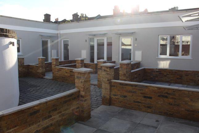 Thumbnail Flat to rent in Waite Davies Road, London