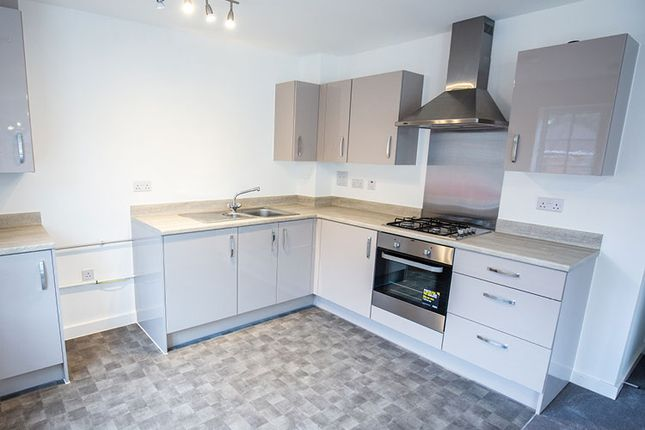 2 bedroom flat for sale in Marjoram Avenue, Cranleigh