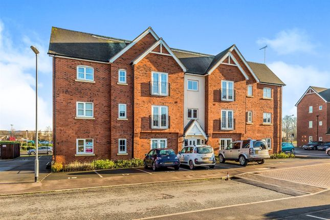 Thumbnail Flat for sale in Chamberlain Close, Uttoxeter