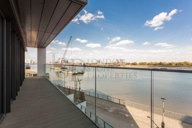 Thumbnail Flat to rent in Deveraux House, Royal Arsenal