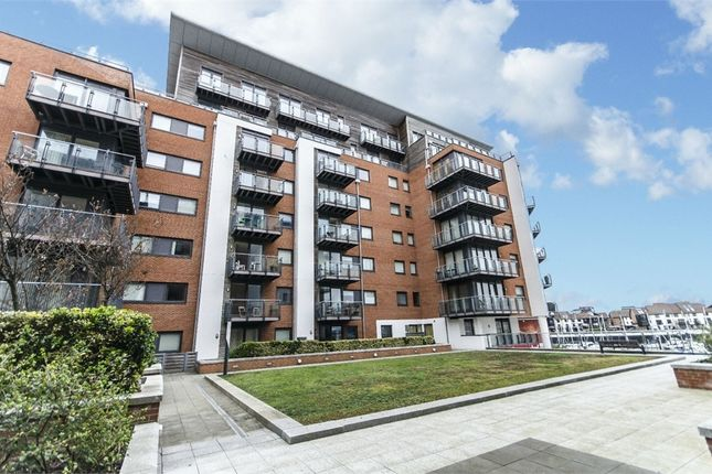 Thumbnail Flat To Rent In Sirocco 33 Channel Way Ocean Village Southampton