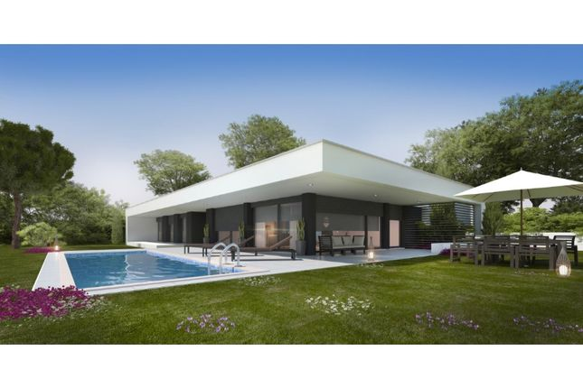 Thumbnail Bungalow for sale in Carvalhal, Carvalhal, Bombarral