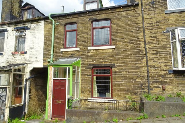 Picture No. 11 of Westcroft Road, Bradford, West Yorkshire BD7