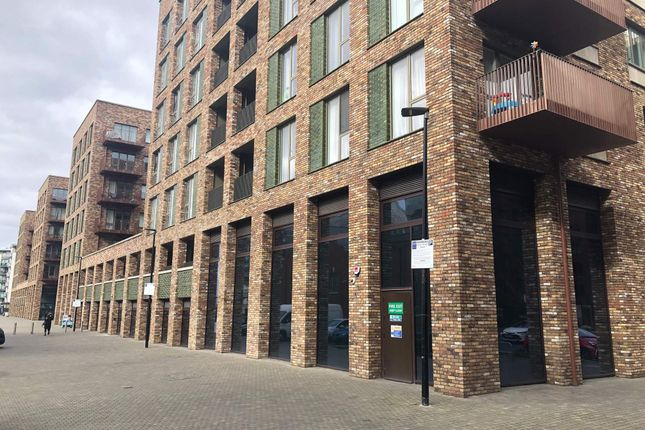 Thumbnail Retail premises to let in 12-15 Upper Dock Walk, Royal Albert Wharf, London