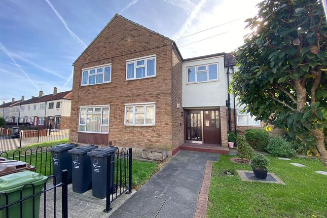 Thumbnail Flat to rent in Curzon Crescent, Barking
