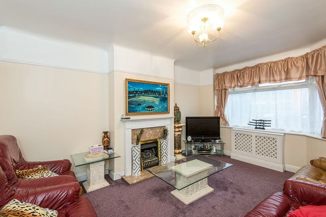 Thumbnail Semi-detached house for sale in Millbrook Road, Southampton
