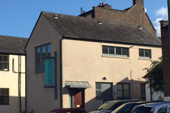 Thumbnail Property to rent in Sevens Close, High Street, Berkhamsted