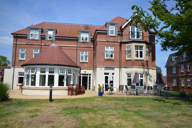 Thumbnail Flat for sale in 24 Blagdon Lodge, Blagdon Village, Middleway, Taunton