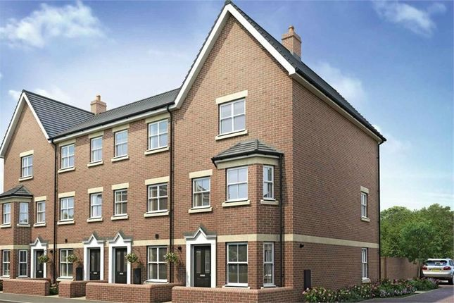 4 bed town house to rent in Toynbee Road, Eastleigh, Hampshire