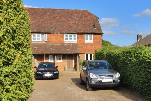 3 bed property for sale in Sparrows Green, Wadhurst TN5