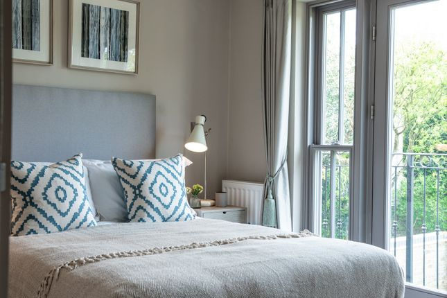 Bedroom of Queens Drive, Thames Ditton KT7