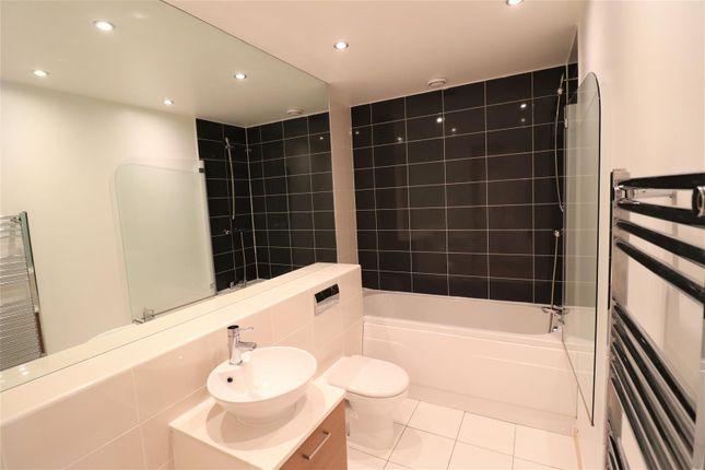 Bathroom of St. Pauls Square, Birmingham B3