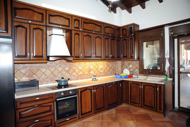 Villa for sale in Vourvourou, Chalkidiki, Gr