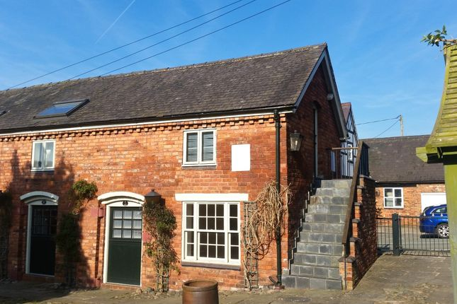 Flat to rent in Hanmer Village Mews, Whitchurch, Shropshire