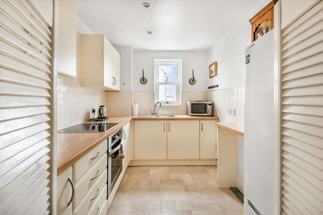 2 bed flat for sale in Faringdon, Oxfordshire SN7