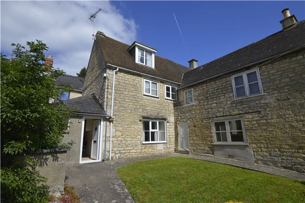 Thumbnail Cottage for sale in Chapelfields, Randwick, Gloucestershire