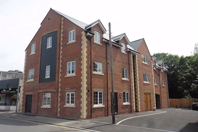 Thumbnail Flat to rent in West End Close, Chippenham, Wiltshire
