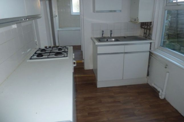 Thumbnail Terraced house to rent in Gordon Road, Rochester