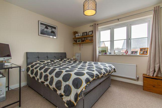 Bedroom One of Faray Drive, Hinckley LE10