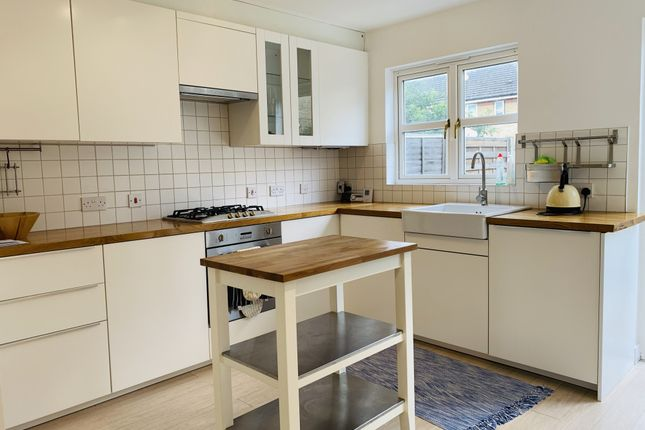 Thumbnail Terraced house for sale in Ashmore Close, London