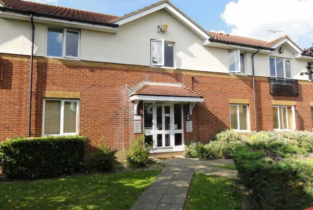 Thumbnail Flat to rent in Pacific Close, Feltham