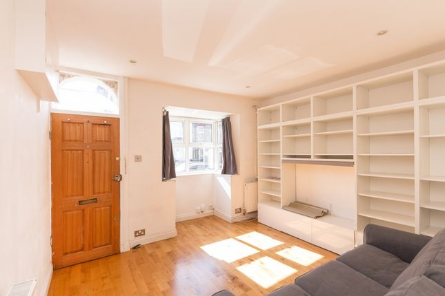 Thumbnail Cottage for sale in Warberry Road, Wood Green