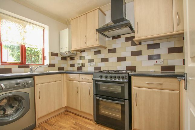 Thumbnail Terraced house to rent in Batt Furlong, Aylesbury