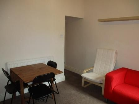 3 bed shared accommodation to rent in Horner Street, York