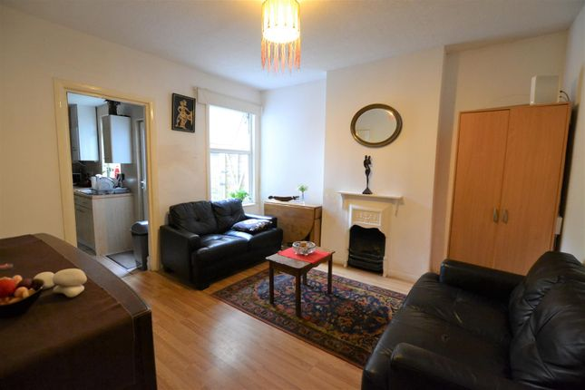 Thumbnail Property to rent in Bellclose Road, West Drayton