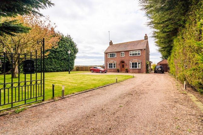Thumbnail Detached house for sale in Sandtoft Road, Thorne, Doncaster