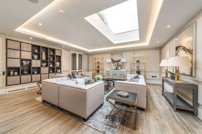 Thumbnail Semi-detached house to rent in Chelsea Square, Chelsea, London