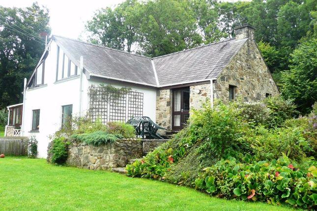 Thumbnail Cottage for sale in Nantyblodau Newydd A, Newport, Pembrokeshire